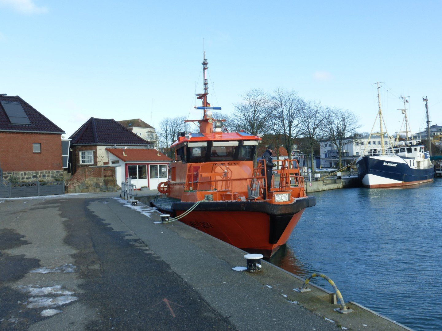 19 Zwischenstation in Laboe. Lotsenboot BERGEN
